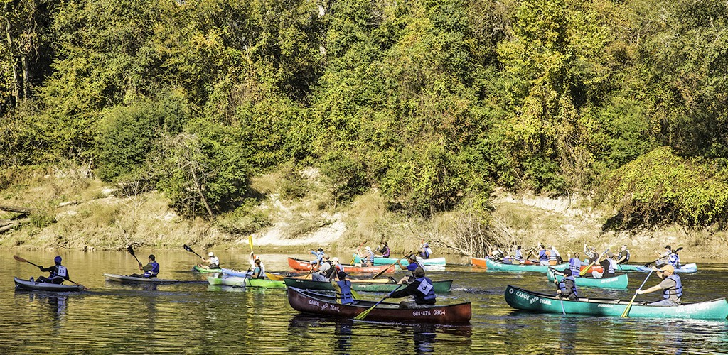 Kayaks and canoes on the Pearl River in Marion County for GatorFest
